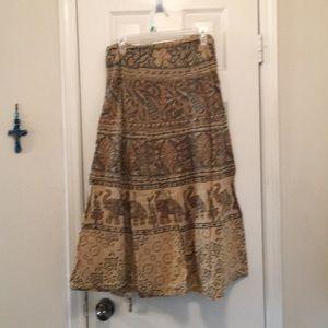 Hippie Skirt Alert!